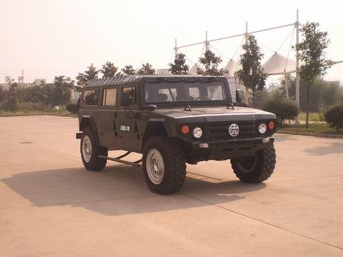 枭龙指挥车 XLW5062XZHF7E