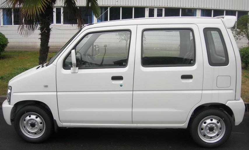 北斗星纯电动轿车 ch7002beva