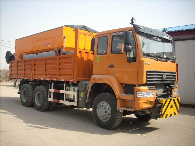 重汽绿叶 290马力 6×4 除雪车(JYJ5250TCX)