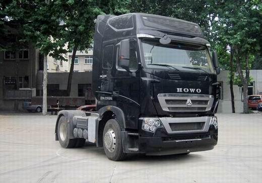 豪沃 ZZ4187N361MD1H 牵引汽车