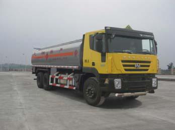 上汽依维柯红岩 杰狮M100 290马力 6×4 加油车(CQ5255GJYHMG504)