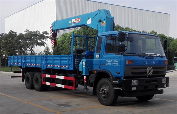 东风神宇 御龙 270马力 6×4 随车起重运输车 DFZ5258JSQSZ5D