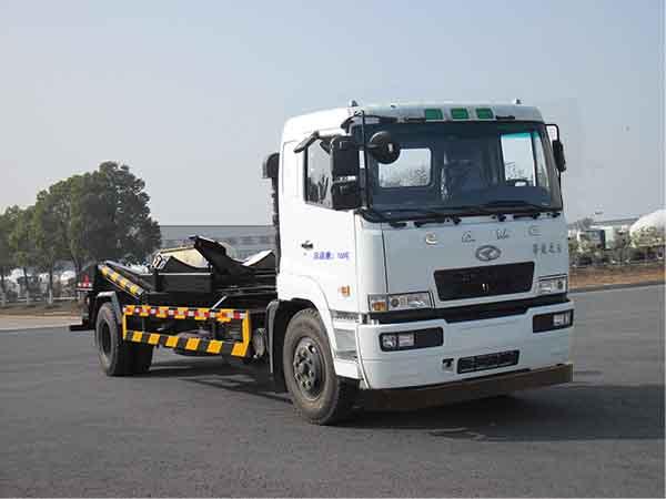 华菱之星 160马力 4×2 星马背罐车(AH5160ZBG0L4)