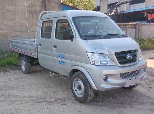 昌河汽车 2017款款 福瑞达K22 112马力 汽油 栏板式 双排 载货车(CH1035BR22)