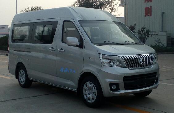 长安商用 长安睿行M80 252马力 10人 轻型客车(SC6483MA5)