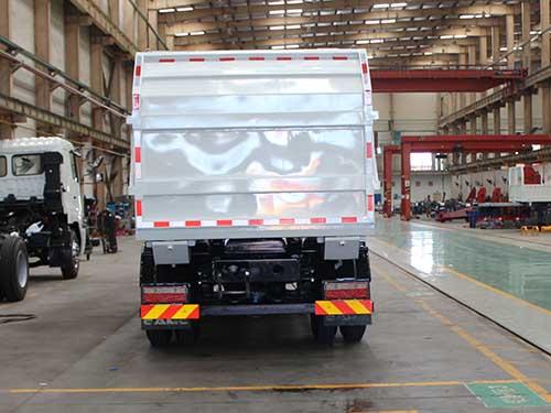 华菱汽车 星凯马 180马力 4×2 垃圾车(AH5160ZDJ0L5)