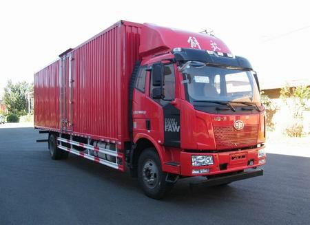 一汽解放 解放J6L 中卡 220马力 4×2 厢式 排半 载货车(CA5180XXYP62K1L7E5)