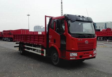 一汽解放 解放J6L 中卡 220马力 4×2 栏板式 排半 载货车(CA1180P62K1L4E5)
