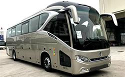 金旅领航者 404马力 24-54人 公路客车
