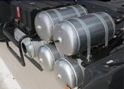 东风天龙天锦大力神153铝合金储气筒箍带支架排水阀放气阀堵头