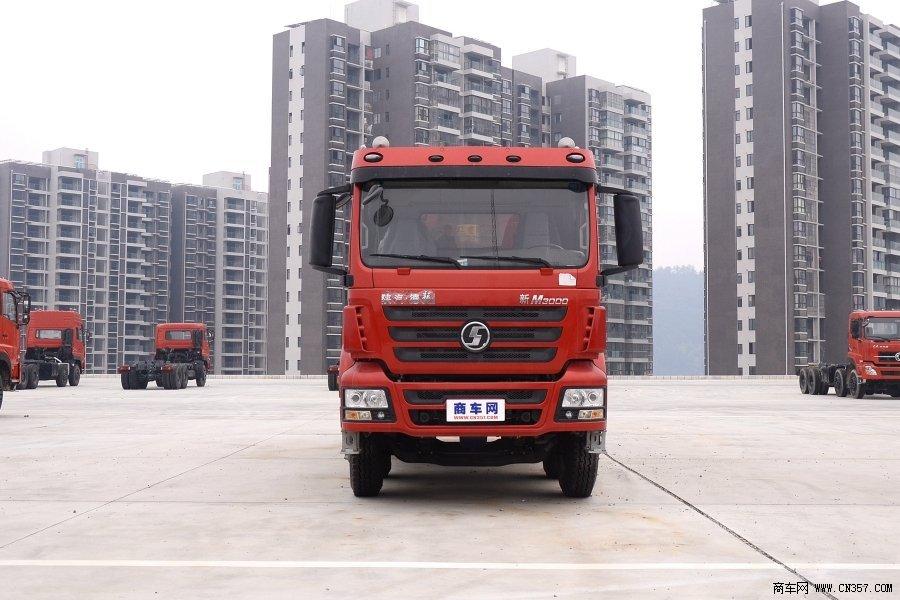 陕汽 德龙新M3000重卡 290马力 8×4 自卸车(SX3315HR366)