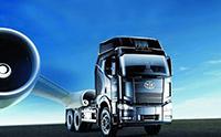 自主开发研制的适应中国国情的一汽解放J6牵引车