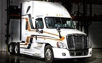 实拍工人给卡车安装轮胎过程,没力气干不了这活儿
