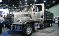 豪华重型卡车, 新款黑色福莱纳 114SD一览