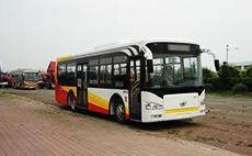 解放 215马力 80/25-3人 城市客车(CA6100URN1)