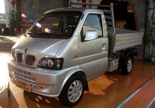 东风车系k,v两大车展调出2011上海小康发现神行空齐聚风不改变图片