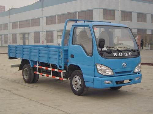 轻型载货汽车怎么开高清图片