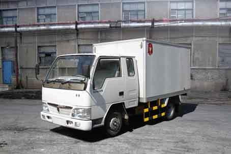 金杯厢式低速货车 sy4010px