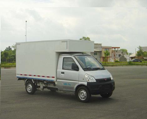 驾驶非营运轻型厢式货车(五菱荣光五座)是否需要上岗证?图片