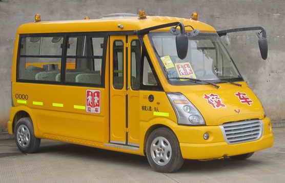 五菱汽车 五菱 97马力 10-19人 幼儿专用校车 GL6507XQ