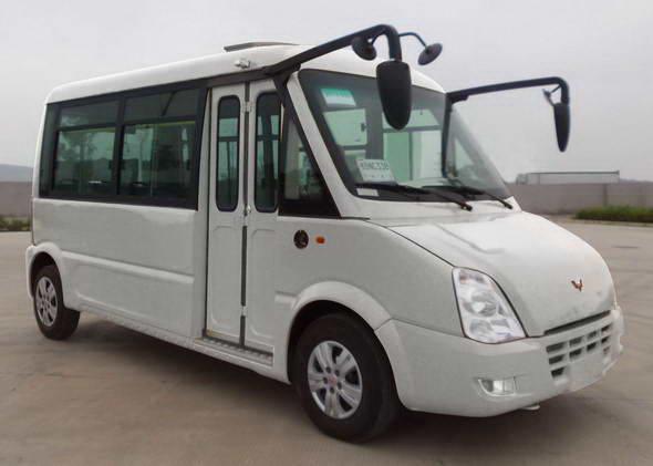 五菱汽车 五菱 112马力 17/7-11人 城市客车 GL6520GQ