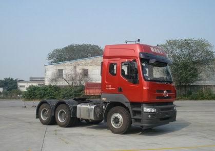 东风柳汽 乘龙 重卡 450马力 6×4 牵引车 lz4251m7da