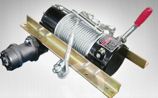 供应清障车液压绞盘 专用卷扬机图片