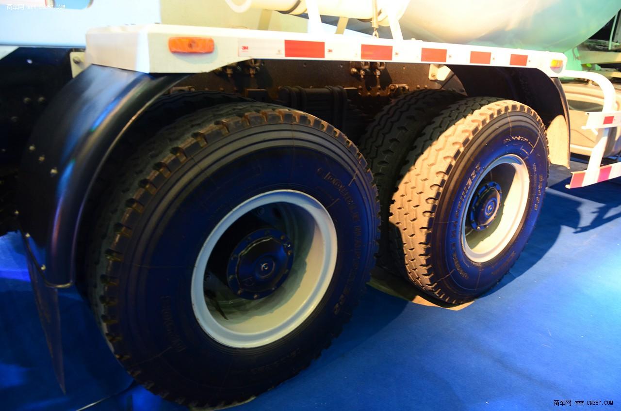 陕汽德龙f3000 336马力 6x4搅拌车
