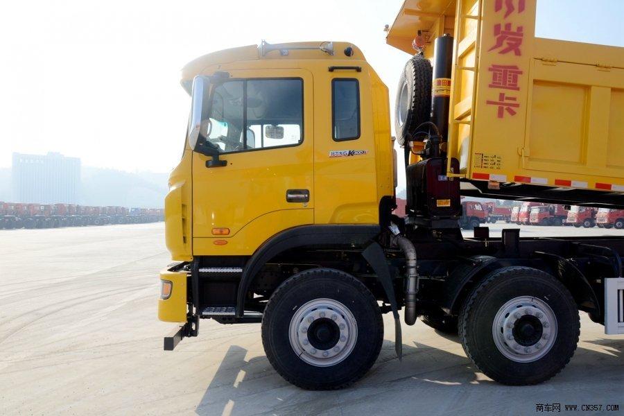 江淮 格尔发k系 重卡 300马力 8×4 自卸车 hfc3311p2n4h38v