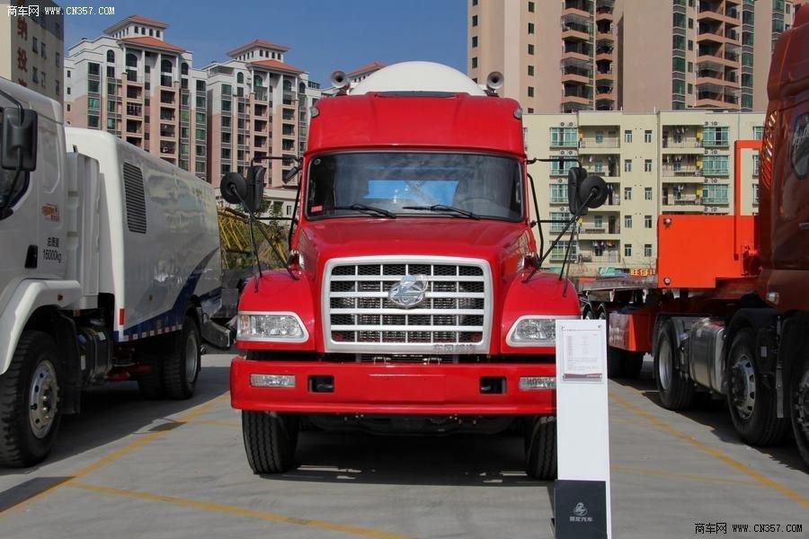 东风柳汽 龙卡 重卡 300马力 6×2 牵引车 lz4230g2ca