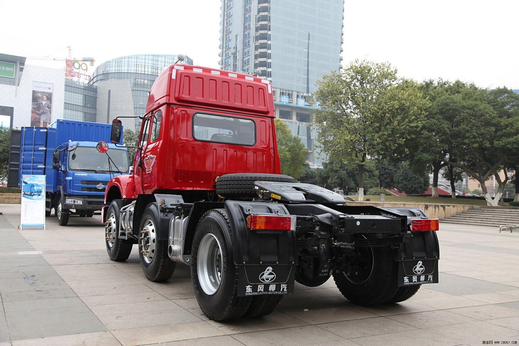 东风柳汽 龙卡 重卡 310马力 6×2 牵引车 lz4230g2ca