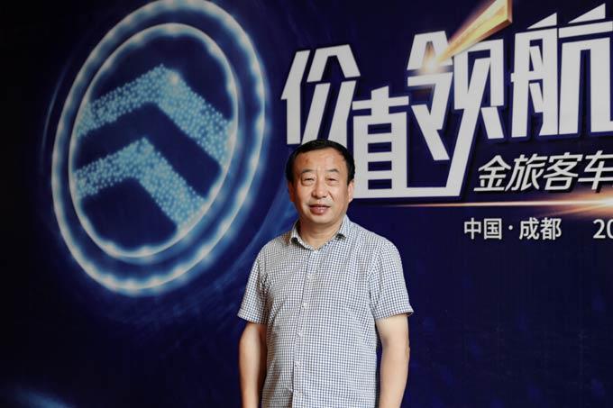 重庆东城公共交通有限公司董事长舒渝